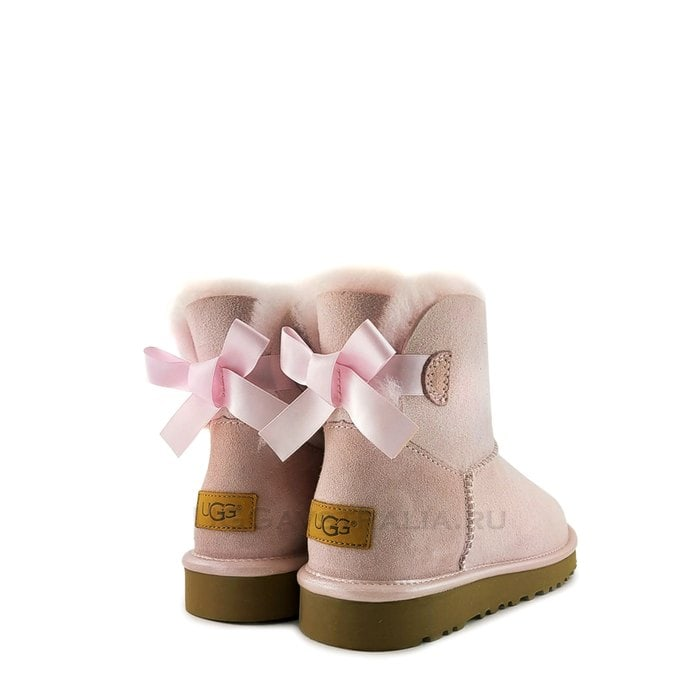 Женские полусапожки UGG Mini Bailey Bow II Metallic Seashell Pink