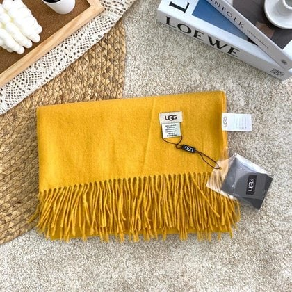 Шарф-палантин UGG Oversized Scarf Yellow