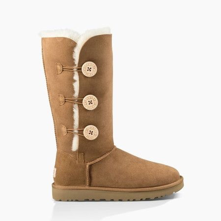 Угги UGG Bailey Button Triplet II Chestnut