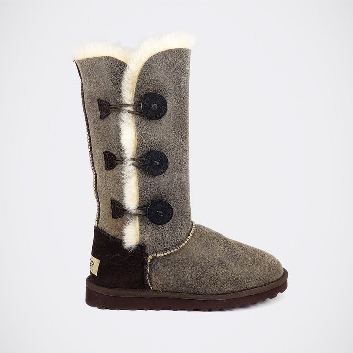Женские полусапожки UGG Bailey Button Triplet Bomber Chocolate